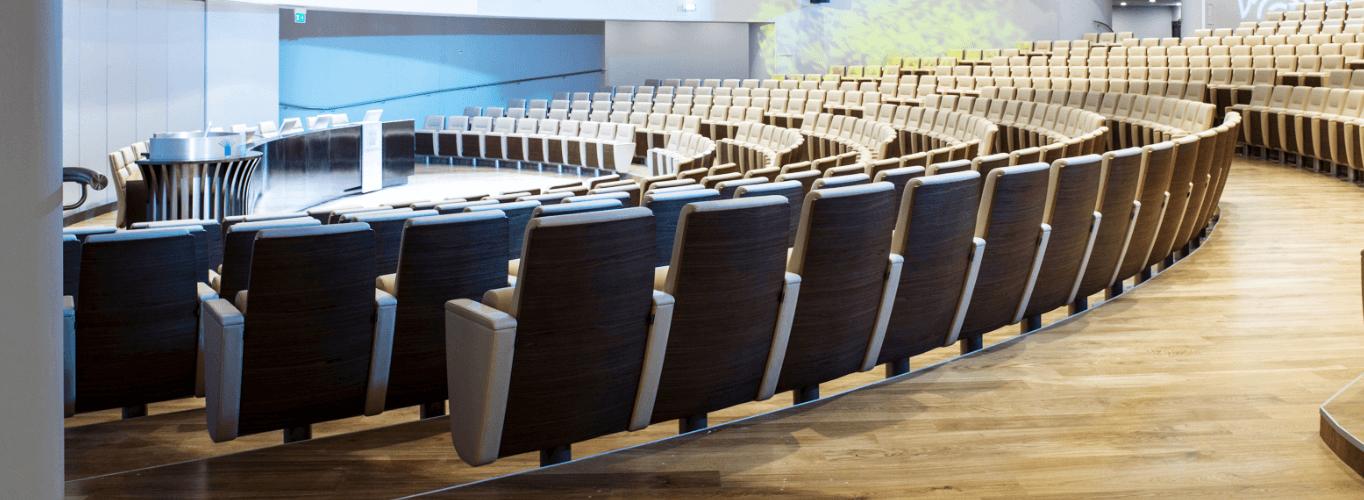 Poltrone per sala congressi confindustria
